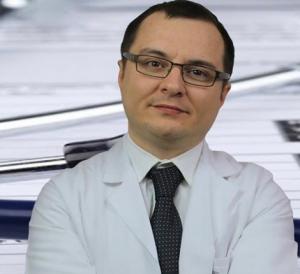 Dr Faki Akin